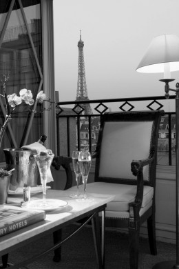 champagne bars in Paris