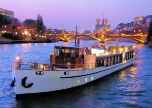 Paris romanctic dinner